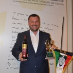 1. Radovan Vukoje na dodjeli nagrade u Rimu I (najvažnija slika)